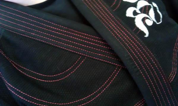 badbreed-brasileiro-bjj-gi-pearlweave-red-stitching
