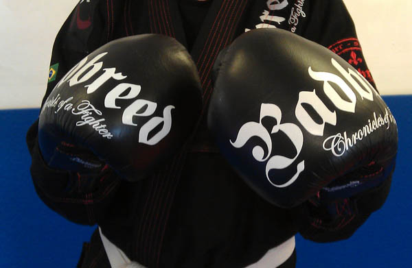 badbreed-7-kings-pro-boxing-gloves-design