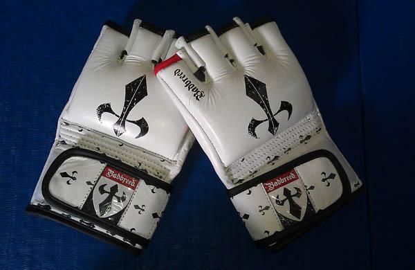 badbreed-signature-series-mma-gloves