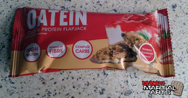 oatein protein flapjack strawberry cheesecake