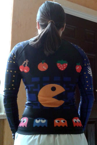 raven-fightwear-pacman-rash-guard-back-side