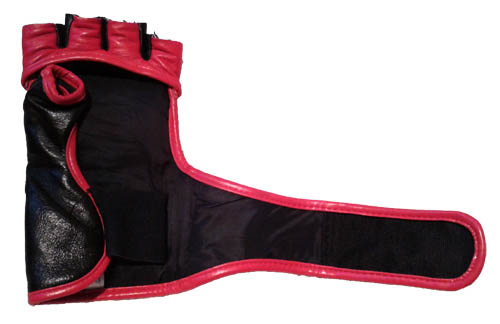 sandee-mma-gloves-strap-outstretched